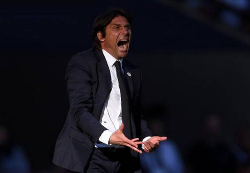 Antonio Conte Tertarik Gantikan Jose Mourinho?