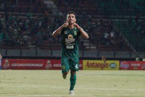 Irfan Jaya Akan Bermain Hadapi Persib Bandung!