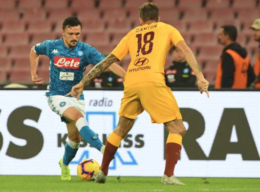 Hasil Liga Italia: Napoli vs Roma 1-1