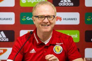 McLeish Berhasil Membawa Skotlandia Menjadi Juara Grub