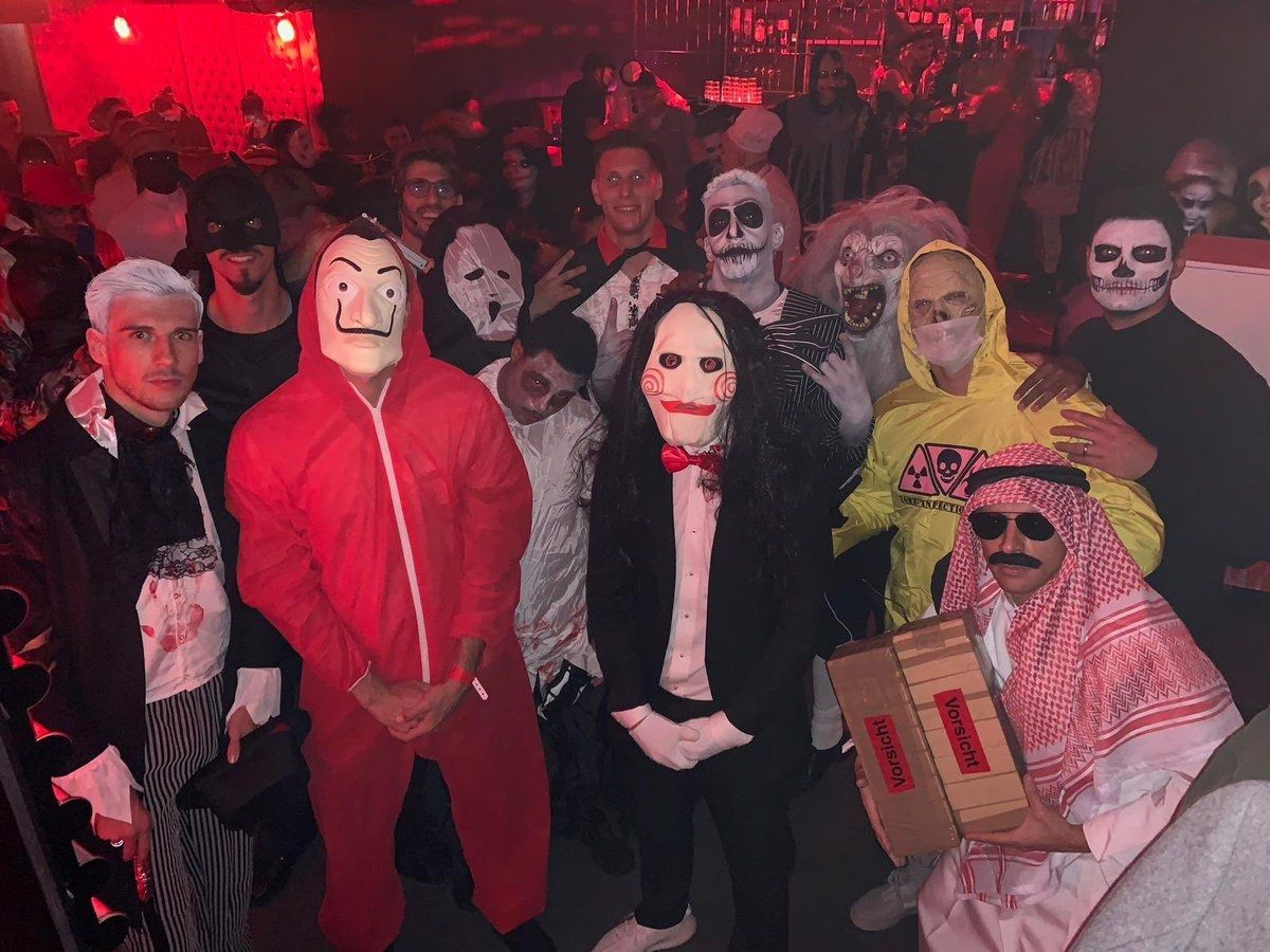 Rafinha Meminta Maaf Atas Kostum Halloween