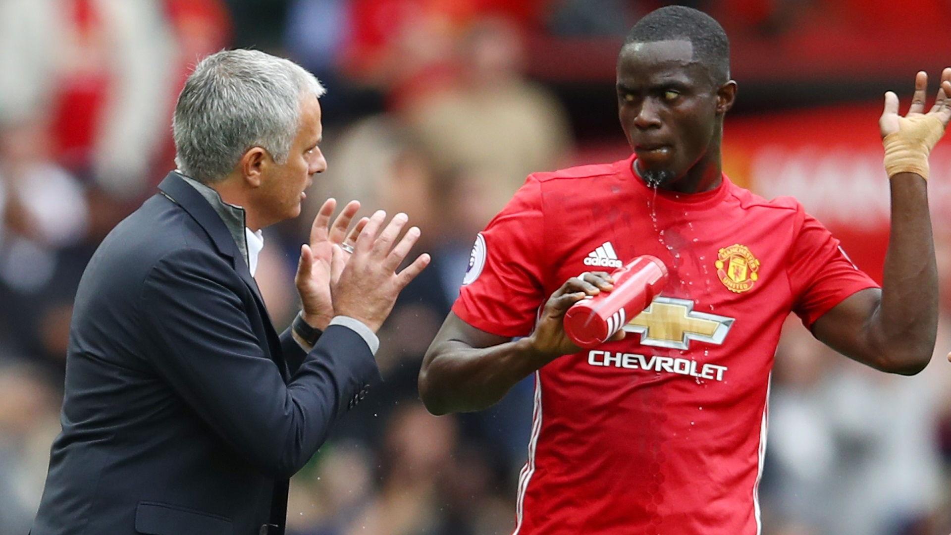 Alasan Jose Mourinho Menyingkirkan Eric Bailly