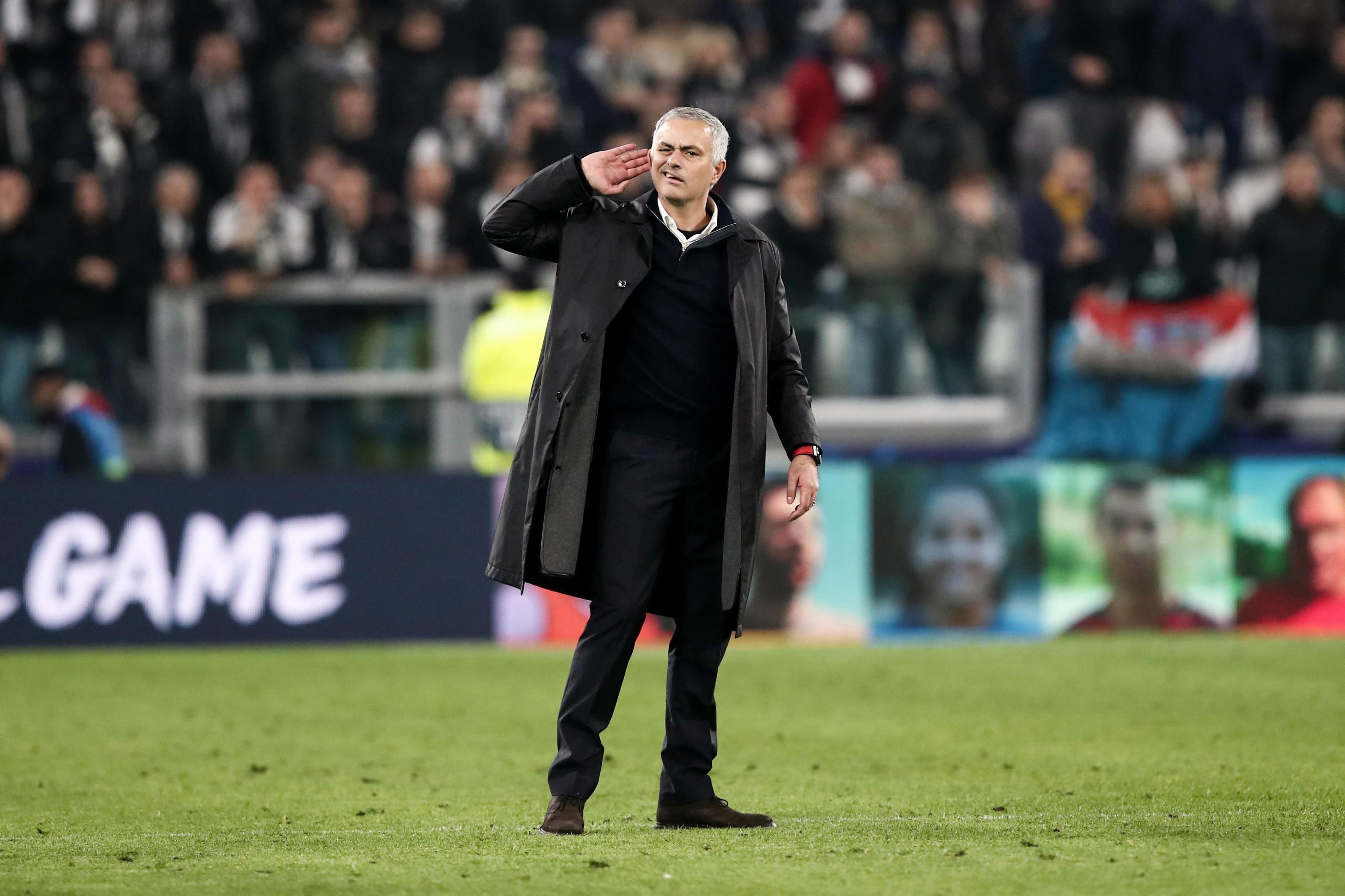 Gary Neville Mangaku Menyukai Gaya Mourinho