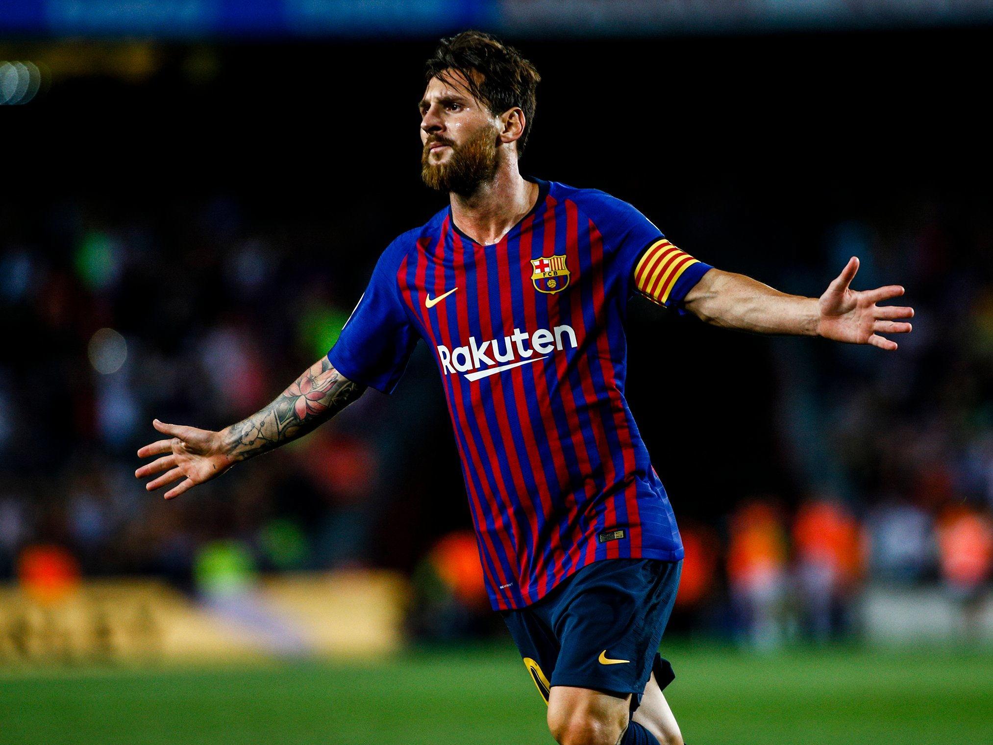 Zico : Messi Seperti Maradona Namun Pele Yang Terhebat