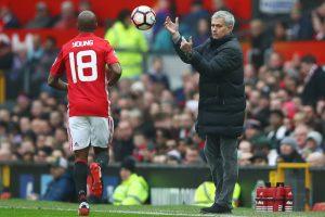 Young Bantah United Merayakan Pemecatan Mourinho