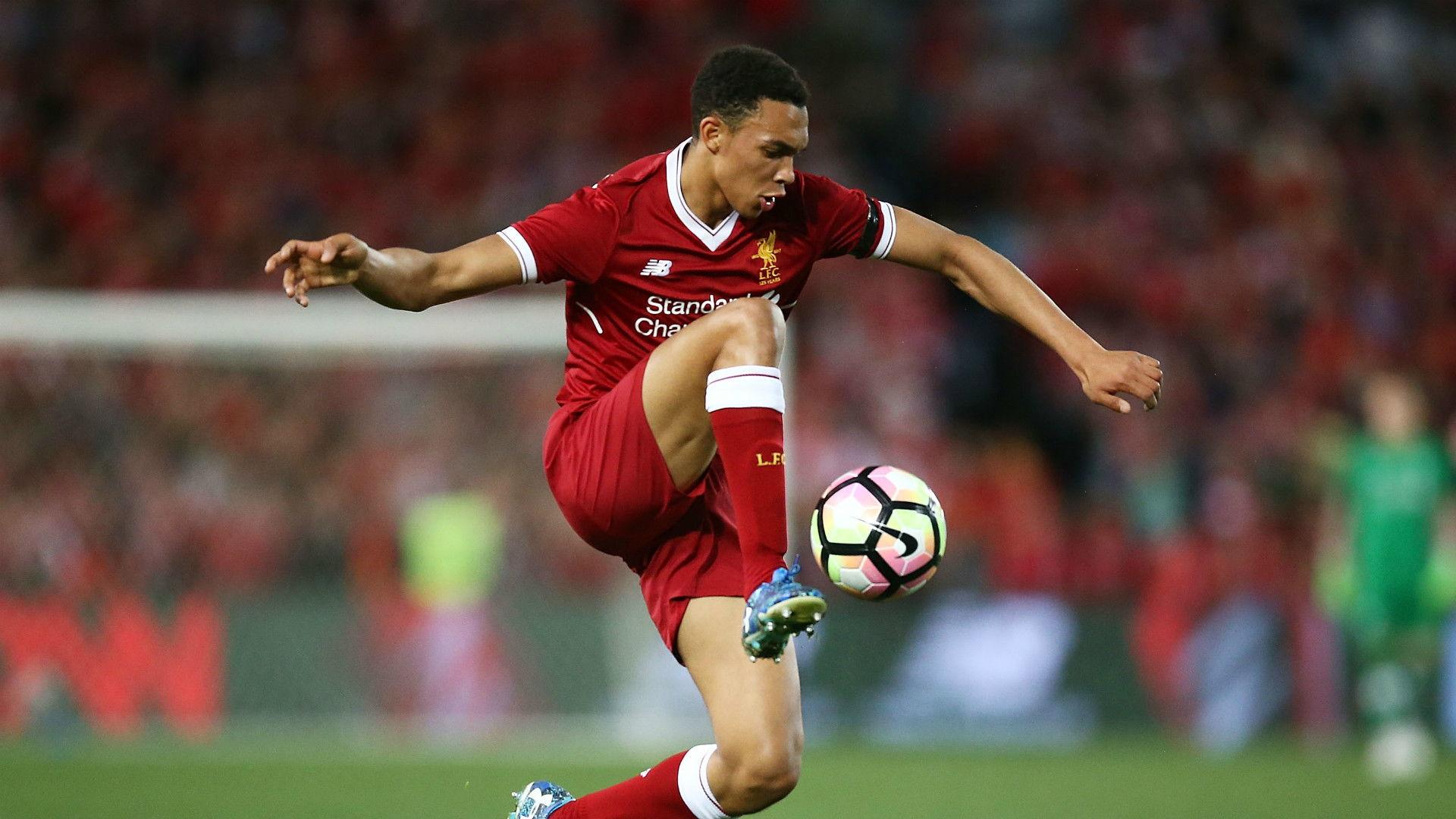 Alexander-Arnold : Liverpool Bisa Bertarung MC
