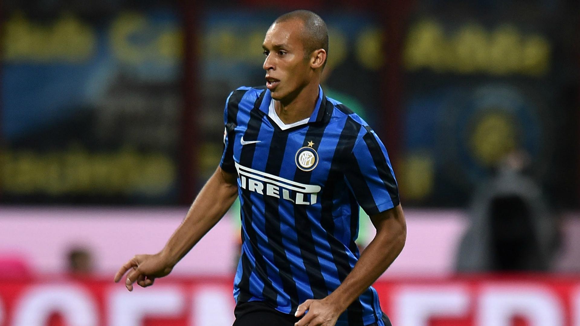 Inter Milan Datangkan Pemain Ini Jika Miranda Hengkang