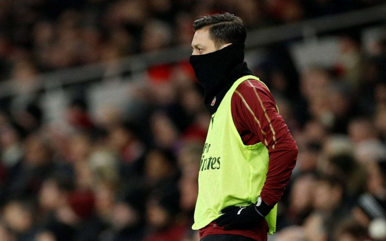 Emery : Ozil Masih Memiliki Masa Depan Di Klub