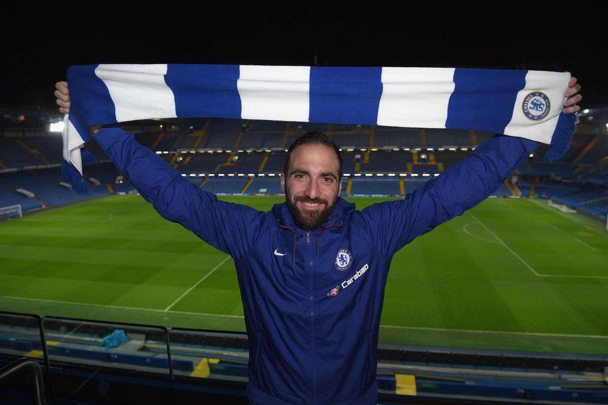 Gonzalo Higuain Resmi Bergabung Dengan Chelsea