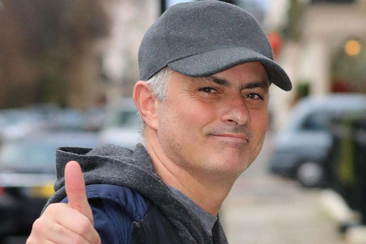 Jose Mourinho Tolak Tawaran Dari Benfica