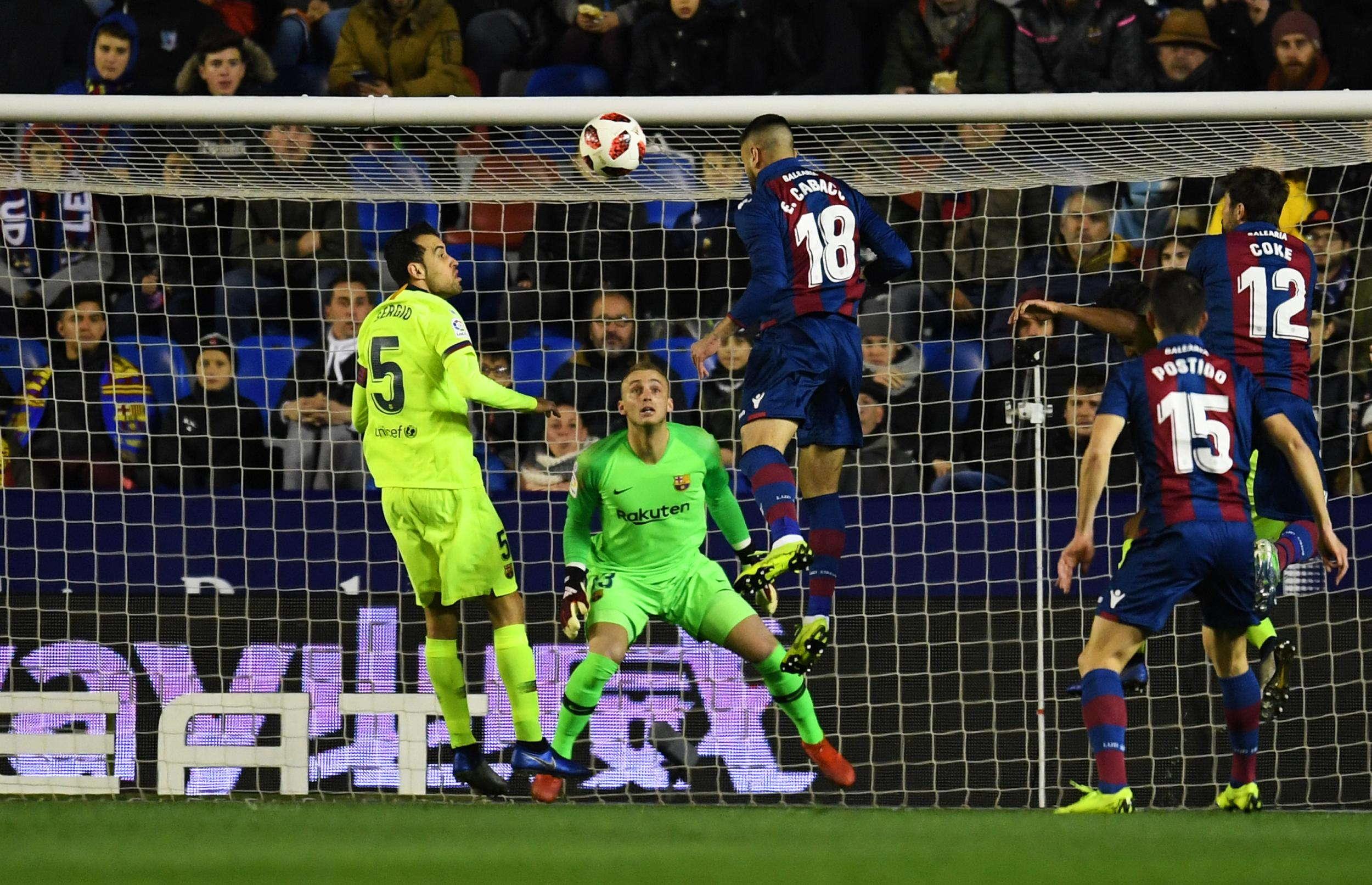 Paco Lopez Bangga Berhasil Kalahkan Barcelona