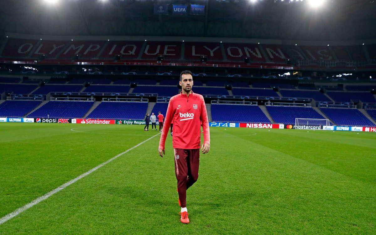 Busquets Tegaskan Barca Tidak Remehkan Lyon