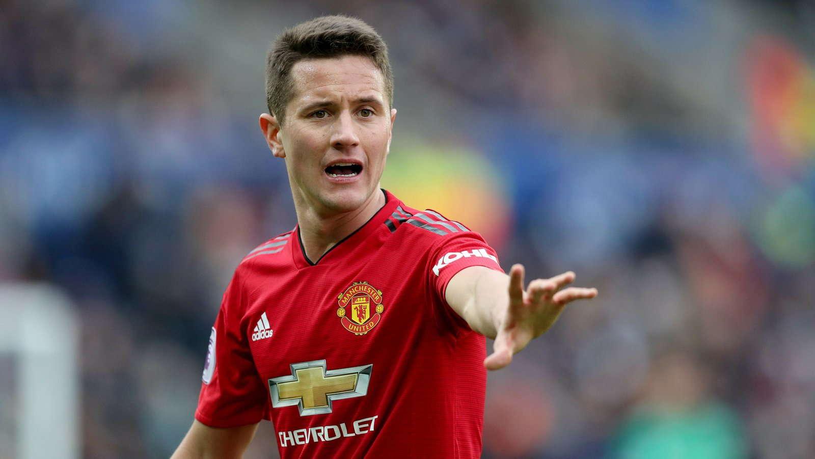 Ander Herrera : Manchester United Harus Fokus