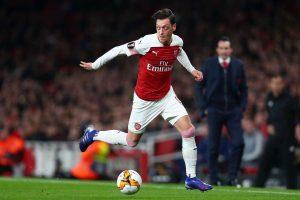 Sokratis : Mesut Ozil Pemain Penting Bagi Arsenal