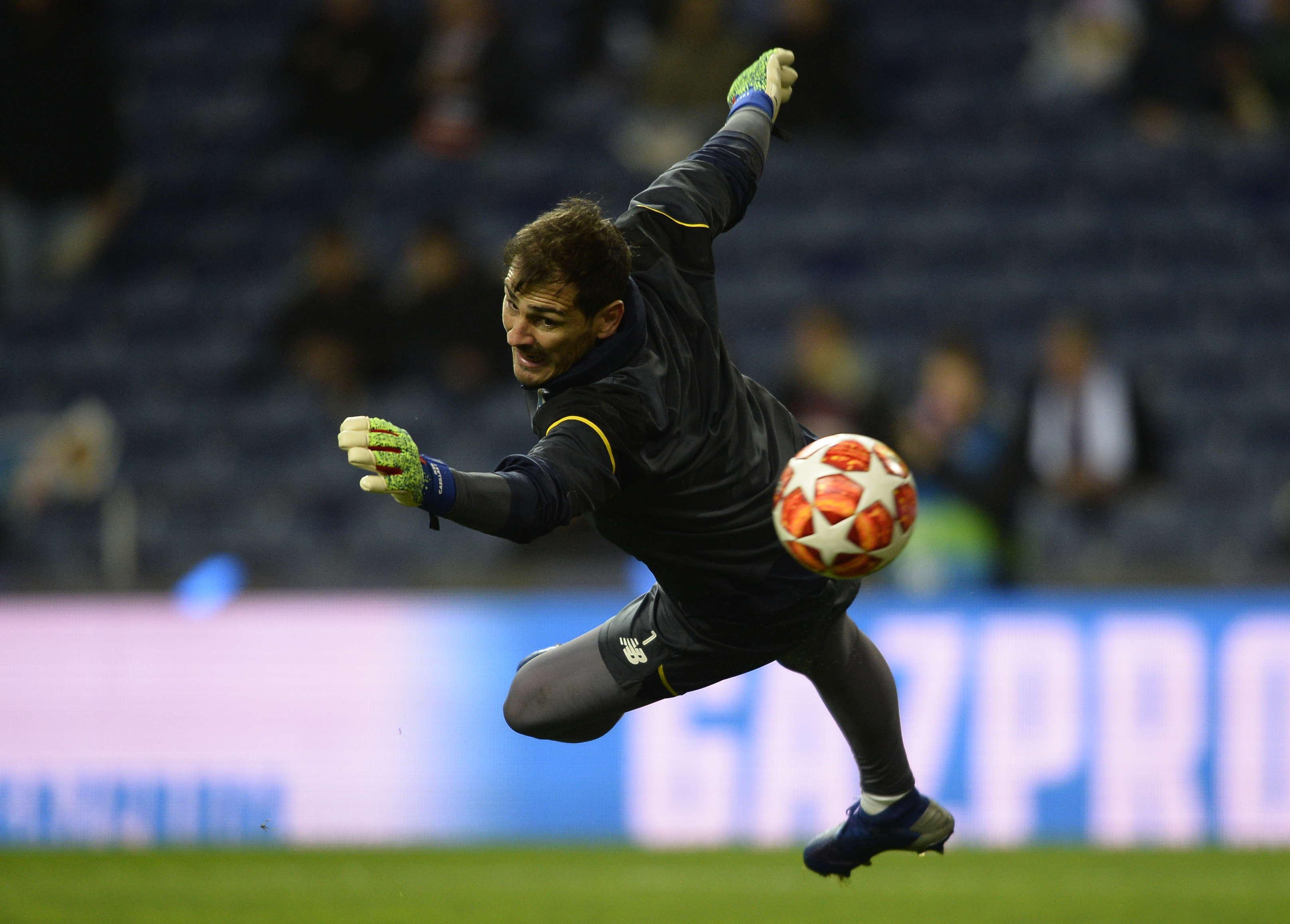 Iker Casillas Akan Menandatangani Kontrak Baru