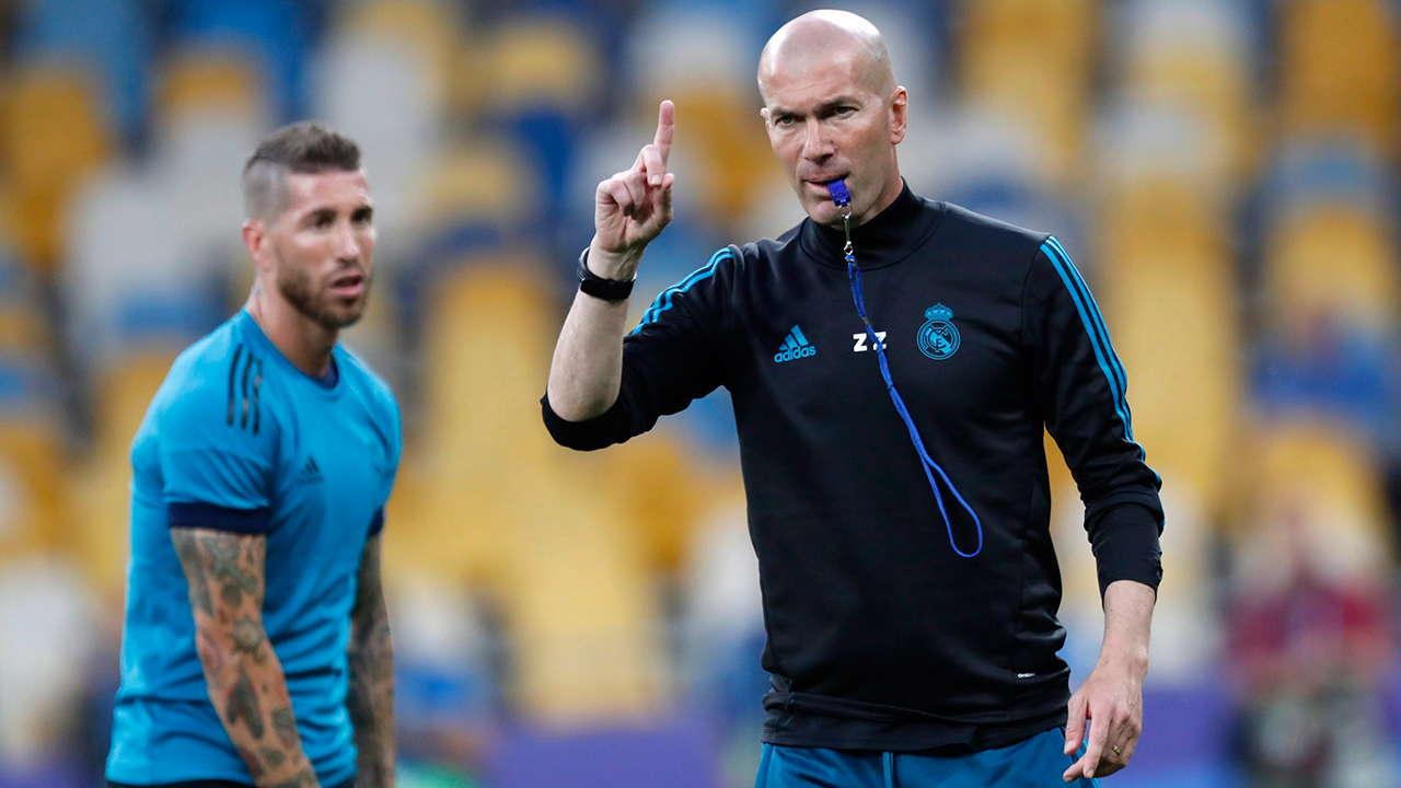 Jose Mourinho : Zidane Solusi Sempurna Real MadridJose Mourinho : Zidane Solusi Sempurna Real Madrid