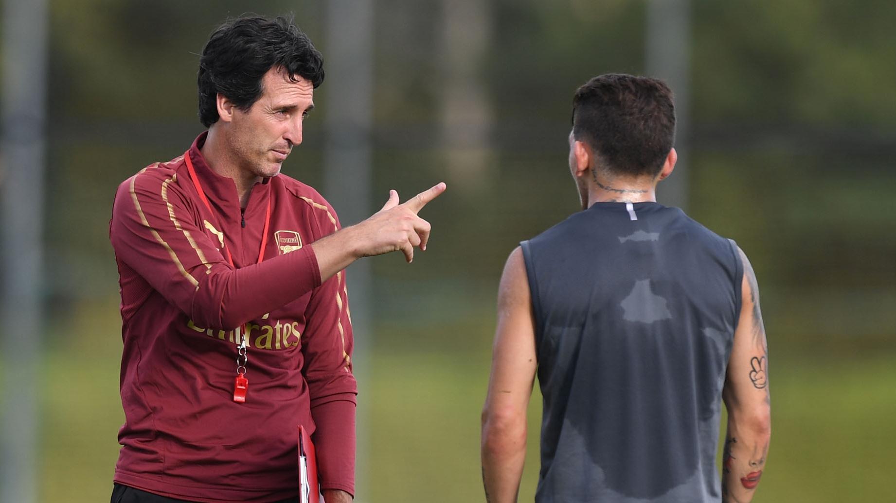 Dixon : Emery Buat Perbuahan Besar di Sesi Latihan Arsenal