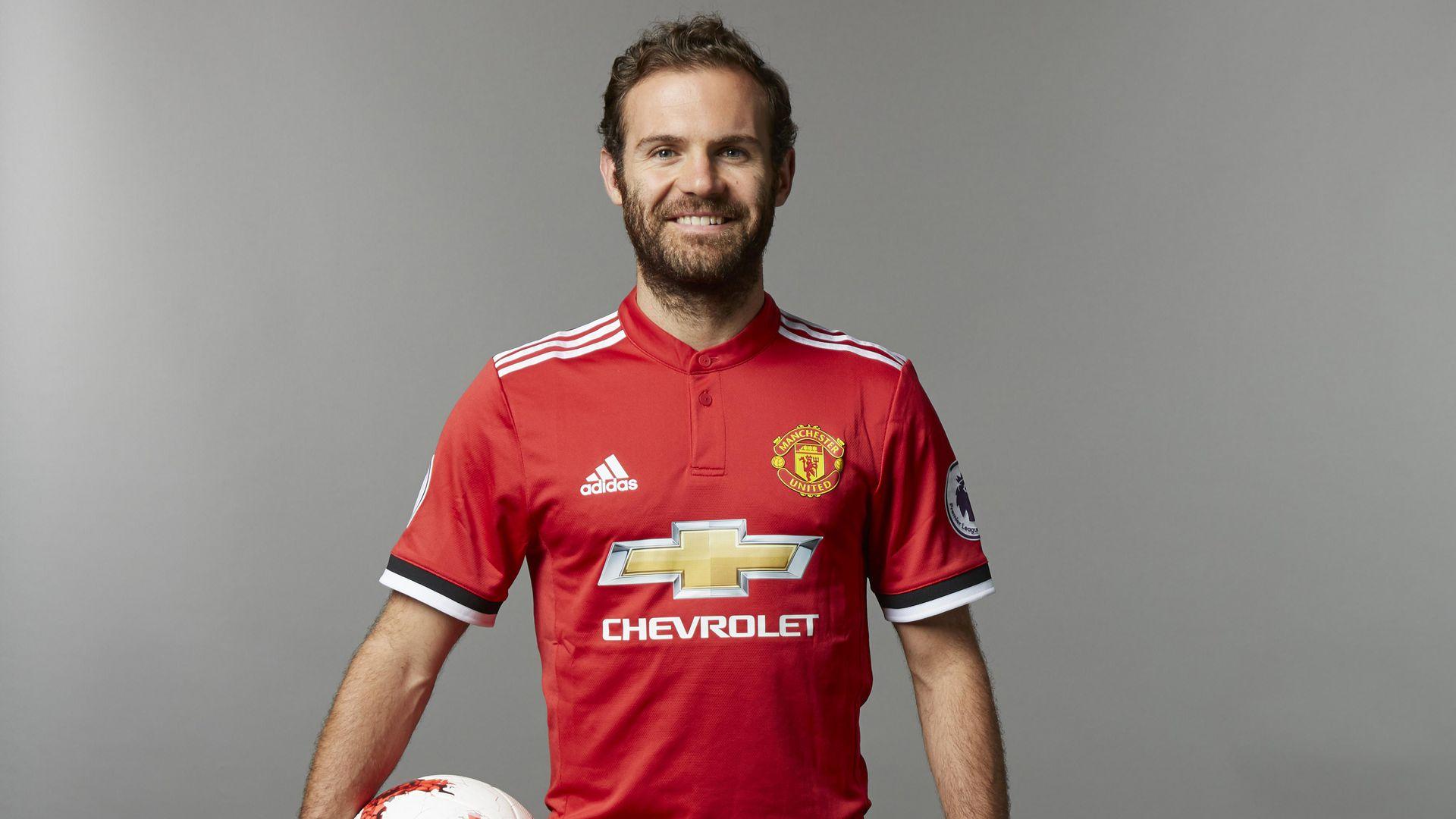 Ayah Juan Mata : United Berikan Kontrak Baru