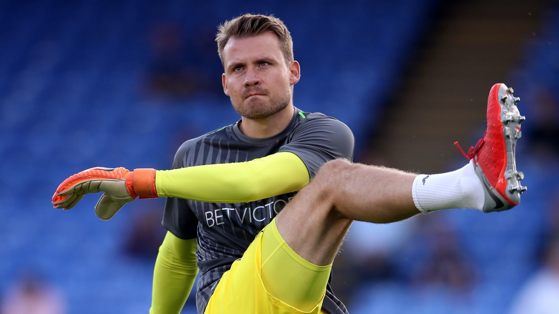 Mignolet Yakin Liverpool Bisa Mengatasi Chelsea