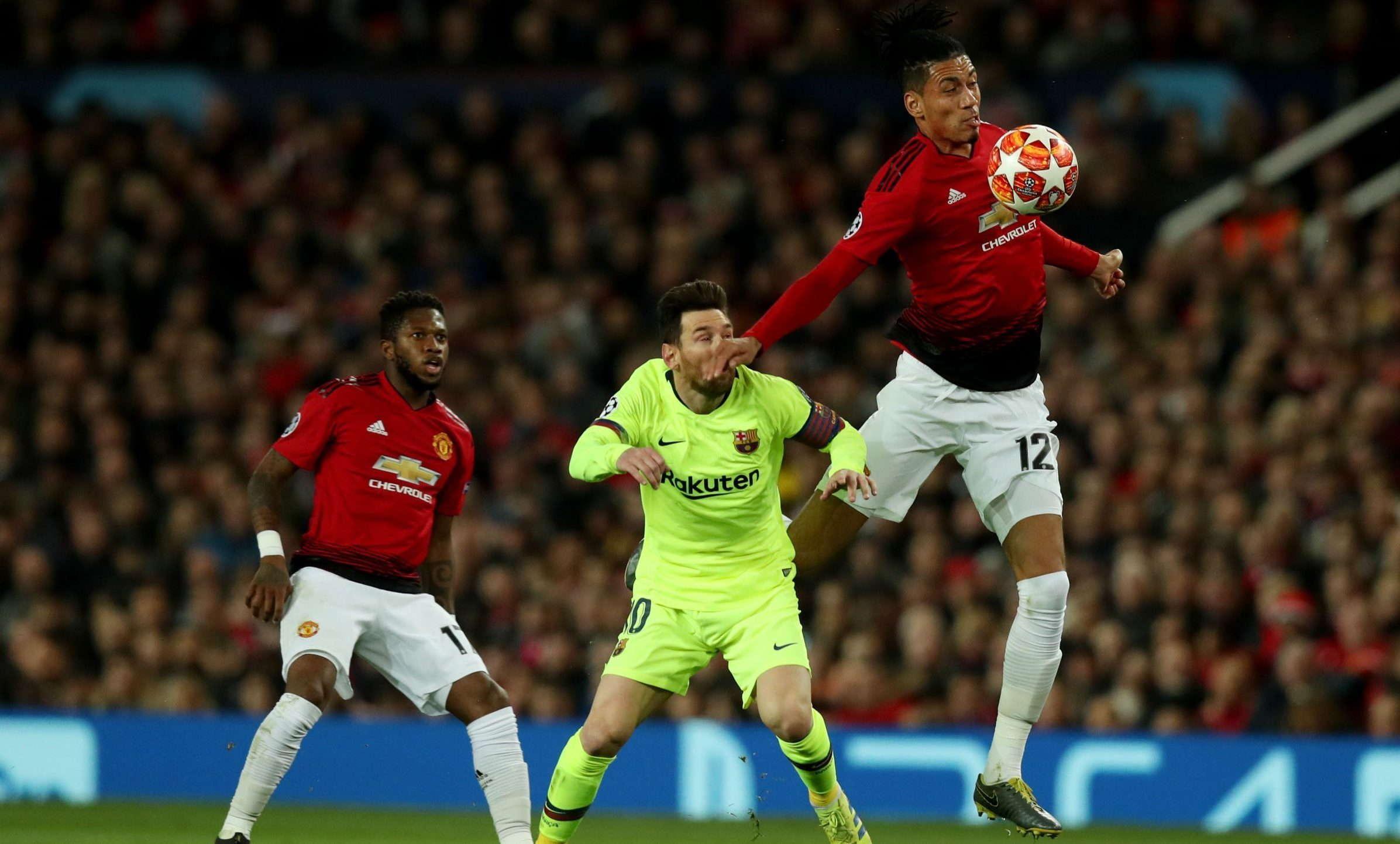 Smalling : Lionel Messi Tahu Itu Adalah Kecelakaan