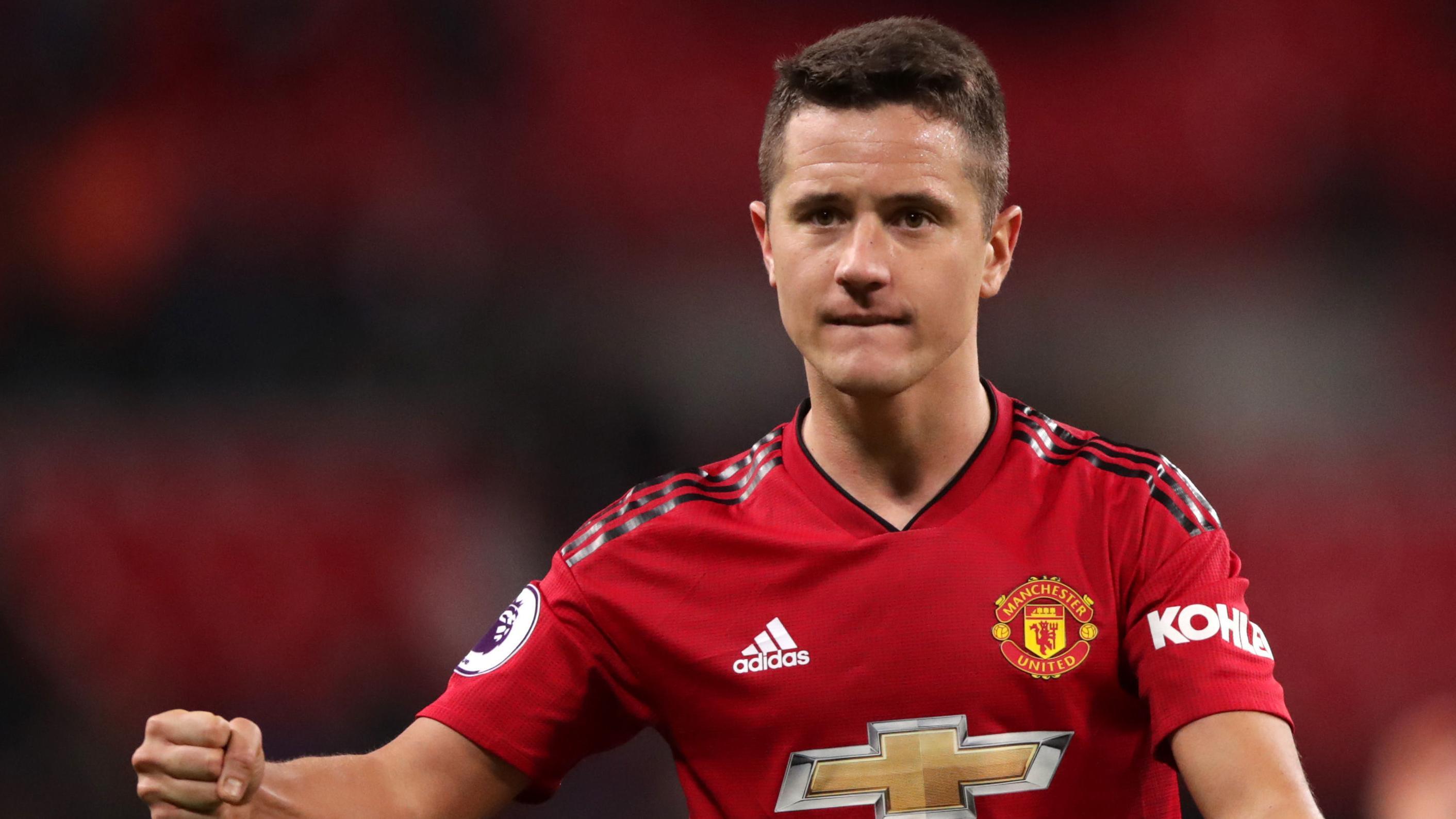Herrera Tolak Tawaran Terbaru United